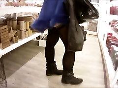 Laetitia 7 teen sex milica doboj sous une cape dans les magasins