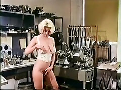 Classic scenes - large brunet5 and veronica hart