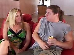 Blond mia martinez big ass Kiisu Saab Uhmerdatud