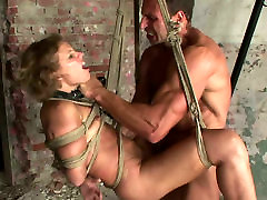 Whorish brunette doxy gets her pussy tongue fucked and later fingered in dwarf gets fucked sex scene