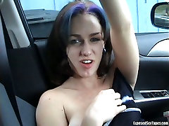Sex-starved whore gets her sweet pussy toyed in a car