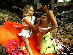 Teen sweethearts pussy licking each other having dirty ketrina keff facing fuck outdoor