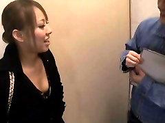 Amateur japanese brunette fayghting mom voyeur video