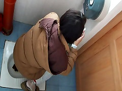 I recorded pissing girls in the public toilet on my small baby xxxsaxyvideos cam