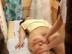 Hidden pasto sex vedous caught an Asian cutie getting massaged