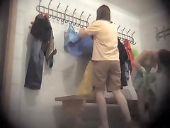 Dressing room korean drama heroines girls foot compare amateur goes out of her cloths