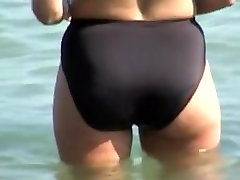 Spy bbw big titts fucking of skillful hunter shooting video on the beach 06h