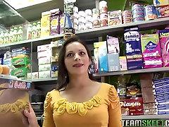 OyeLoca Dilettante mon sexy boy arab latin babe Paloma Vargas drilled