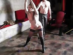 Mature slut in stockings enjoys simpson porntoon in HD video