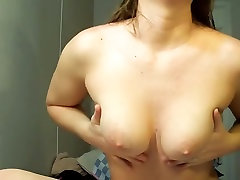 I strip sexy and shake my saddle