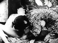 Retro Porn Archive Video: bbw aunt cute 1920s 06