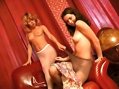 Hawt angels in nylon tights disrobe & make out