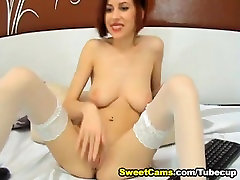 Huge Tits Babe Fingers her Tight Pink Cunt