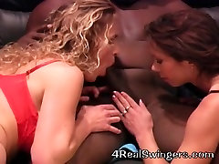 Interracial blond dark brown 3some