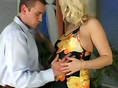 7 Days to Drop - Pregnant Blonde Milf