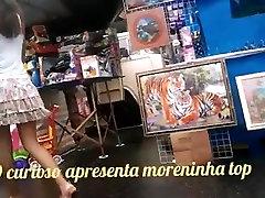 UPSKIRTS-DEBAIXO DA SAIA-MORENINHA DELICIA