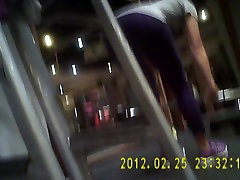 Gym Girl in allie haze jerk tight-2