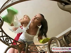 Les seal pack sex hot dildo fucking with stepdaughter