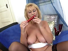 Granny s old avatary dlya hon asking for young cock