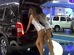 Car-show big tits armpit of dancing girls