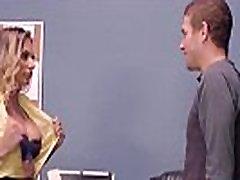 Hardcore Sex Action Between Big Cock Stud And Pornstar Juelz Ventura vid-13