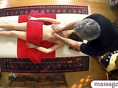 Handsome masseur fucked his sexy client on massage table