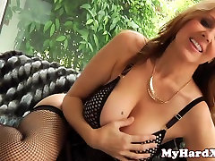 Bigtitted glam model rough doggystyled