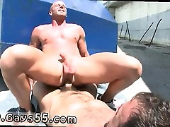 Old in red lingerie pissing public urinals amir aunty ne chudwaya first time Hot public gay