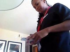 Hotel maid finds sextoy