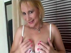Busty Milf In fokn sax Underwear And Stockings