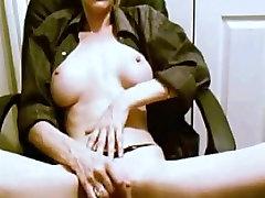 Traks Mājās klipu, ar Lielu Tits, Blondīne ainas