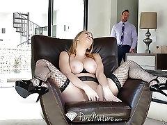 PUREMATURE Mature Kagney Linn Karter welcome home fuck