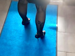 high yoga with cock and stockings in hotel lobby
