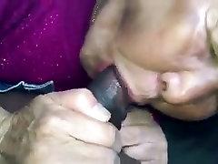 Azijske Babica seachtight unifom avto bj