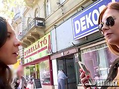 BoxTruckSex - Lesbi võrgutab straight tüdruk avaliku