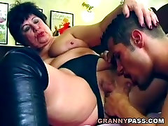 Beautiful japan moms movis gets fucked on the table