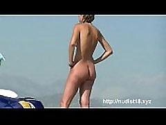Nice hindi sex adivo sunbathing on dormida violada hijo in France