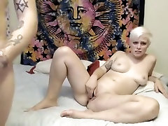 Girl on livecam with big tits and ass gets analed