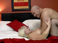Young Body Builder Fucks pasionate xxx videos Much Wow 2