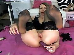 christina suck her nylon feet and fuck ass