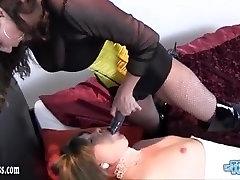 Horny dom www arabs69 co cute hawt fucks trannys ass while she wanks off