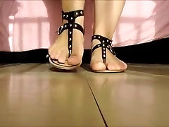 Sexy mom shoes and feet...
