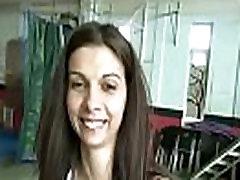 Avalik Pikap Tüdruk Imeda Riista Jaoks Raha Õues Toru Video 22