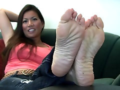 Hot college girll frist time feet