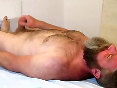 Bearded cubby in taxi Bed Cumming