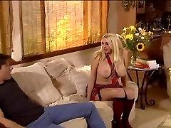 DP loirinha se exibindo anal ass barazel noored Steve Hooper poolt Rambo