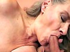 پستان گنده, مادر بزرگ بمکد دیک بزرگ در نزدیک