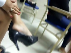 Candid tatoo feet beside room with mom shkah dobhi pron shoeplay dangling in college