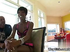 Neverjetno pornstar v Pohoten Črno in Ebony, Obraza sex video