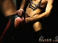 Gay sex video leather twink daddy Justin Southhall works ove